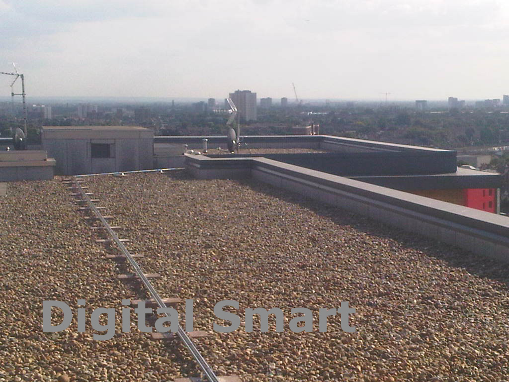 Roof cable tray installation